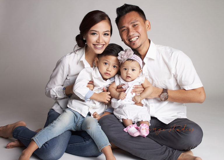 Beautiful family of 4 | Family Photography | Orange Studios