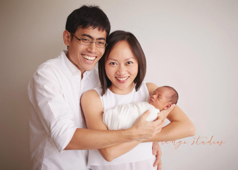 Singapore newborn portraits parents and baby